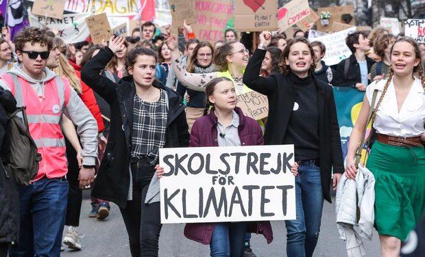 """La giovane Greta Thunberg oggi a Roma: dal Papa al Senato e poi """"Fridays for future"""""""